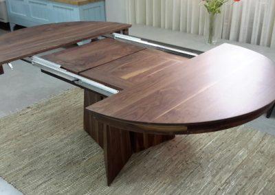 שולחן פינת אוכל מעץ מלא