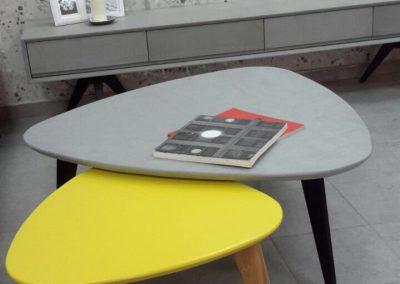 """שולחן סלון """"טוליפ"""""""