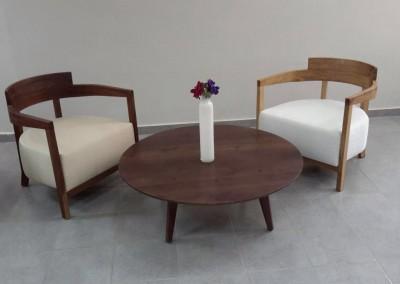 שולחן סלון עגול מעץ מלא דגם פאי חן בן טל
